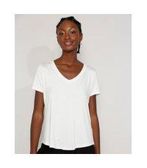 camiseta feminina básica manga curta decote v off white