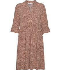 edasz dress knälång klänning beige saint tropez