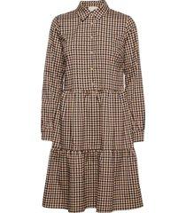 evora dress knälång klänning brun minus