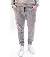 pantalón gris prototype good