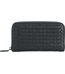 bottega veneta intrecciato weave zip-around wallet - blue