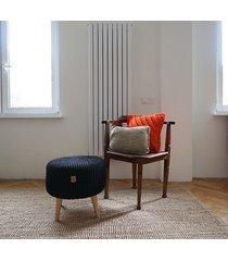 puf footstool na nóżkach 45x42 cm