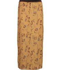 pleated skirt in valley print knälång kjol gul coster copenhagen