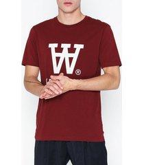 wood wood ace t-shirt t-shirts & linnen red
