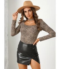 yoins brown leopard cut out gargantilla cuello camiseta de manga larga