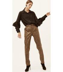 spodnie z materiału przypominającego skórę