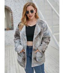 abrigo de manga larga con cuello de solapa de talla grande con efecto tie dye diseño