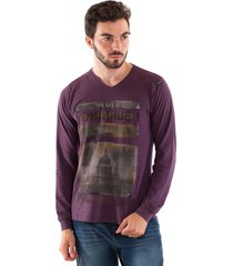 camiseta konciny estampada decote v violeta - kanui