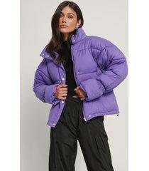 na-kd trend vadderad jacka med elastisk detalj - purple
