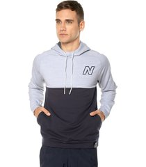 buzo blanco-azul new balance nb classic hoodie