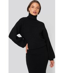 donnaromina x na-kd polo neck ribbed knit sweater - black