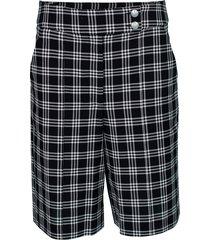 black and white saira shorts