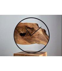 zegar z drewna orzecha z żywicą