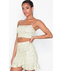 nly one frill mini print skirt minikjolar