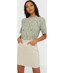selected femme slfhelena mw jade white denim skirt minikjolar