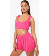 jersey crop top en losse shorts, hot pink