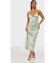 bardot zelda slip dress fodralklänningar