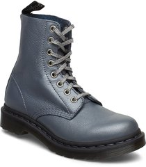 pascal shoes boots ankle boots ankle boots flat heel grå dr. martens