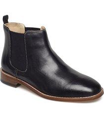 ellis amber stövletter chelsea boot svart clarks