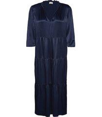 caramex knälång klänning blå by malene birger