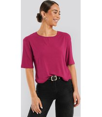 na-kd basic round neck ribbed tee - pink
