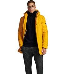 jack akthomas raincoat