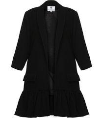 płaszcz z falbaną czarny i