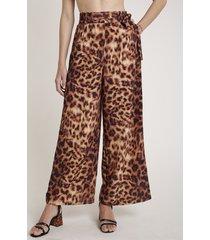 calça feminina água de coco pantalona estampada animal print onça caramelo
