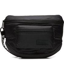 doggy bag xxl bum bag tas zwart eastpak