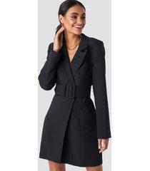 hoss x na-kd wide belted blazer dress - black