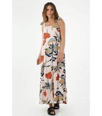 vestido  para mujer tennis, largo, estampado de flores rojas y azules fondo rosado