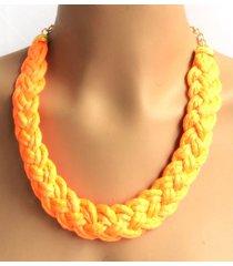 collar wow! trenzado  naranja neón