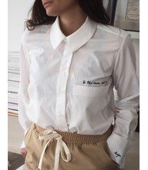 koszula z haftem hope