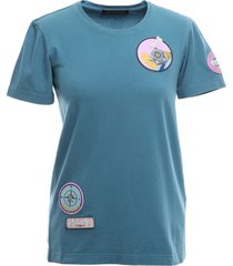 slim t-shirt with emrboidered patches