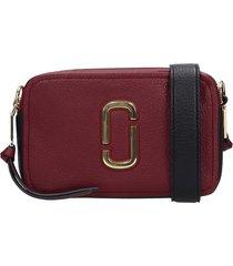 marc jacobs the softshot 21 shoulder bag in bordeaux leather