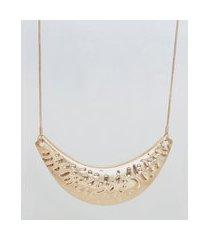colar feminino longo com meia lua texturizada dourado
