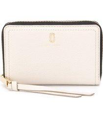 marc jacobs the softshot small standard wallet - neutrals