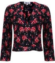 blusa escote floral color negro, talla 6
