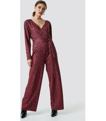 na-kd leo wrap jumpsuit - red