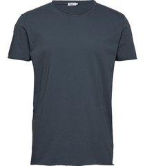 m. roll neck tee t-shirts short-sleeved blå filippa k