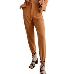 pantalon camel tif stone con pliegue