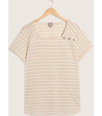 camiseta cuello cuadrado con botones-16