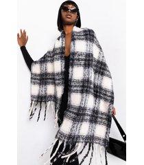 akira fireside fuzzy plaid scarf