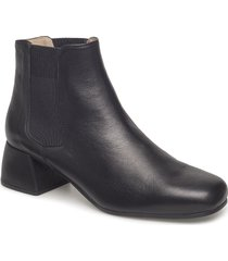 ibor_sty shoes boots ankle boots ankle boots with heel svart unisa