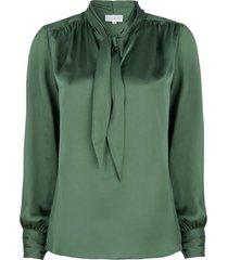 satijnen pussybow blouse rodeo  groen