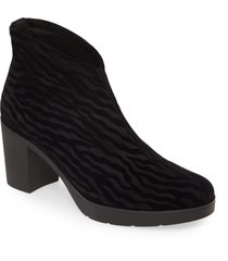 women's toni pons finley pull-on bootie, size 9-9.5us - black