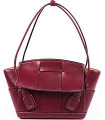 bottega veneta arco 33 red leather shoulder bag red sz: m