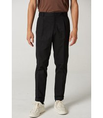 pantalón negro prototype yisus