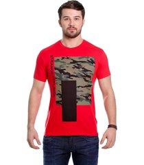 camiseta javali vermelha camufla