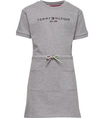 essential dress s/s jurk grijs tommy hilfiger